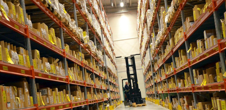 logistics-748152_1280